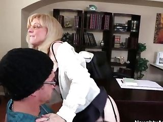 Mummy Schoolteacher Nina Hartley Loves Sucking Xander's Corvus...