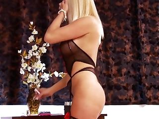 Horny Sex Industry Star Michelle Thorne In Incredible Facial...